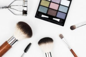 Cosmetic ingredients to avoid