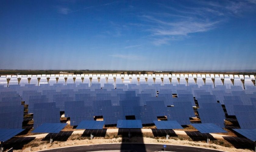gemasolar solar power plant sunflower efficiency